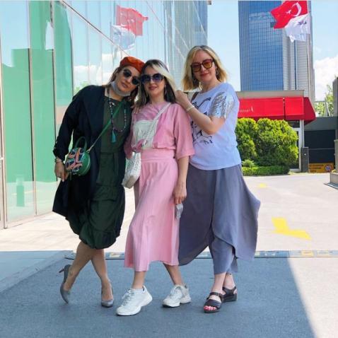 عکس مهناز افشار در کنار خواهر و خواهرزاده اش
