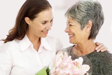 13 پیشنهاد ساده برای صمیمیت با مادر شوهر