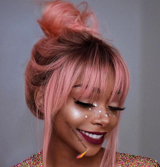 بهترین رنگ مو برای پوست های برنز تابستانی - رنگ مو فانتزی صورتی