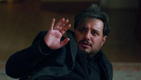 جواد عزتی در نقش مالک زخم کاری