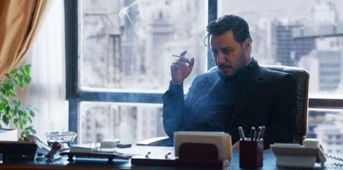 جواد عزتی در نقش مالک سریال زخم کاری