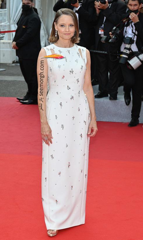 جودی فاستر روی فرش قرمز جشنواره فیلم کن 2021