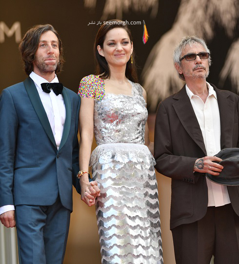 ماریون کوتیار، لئوس کاراکس و سایمون هلبرگ در جشنواره فیلم کن 2021