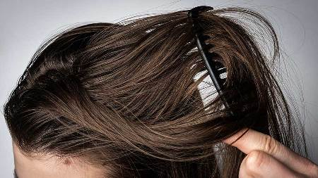 از بین بردن چربی مو سر با چند روش ساده!!