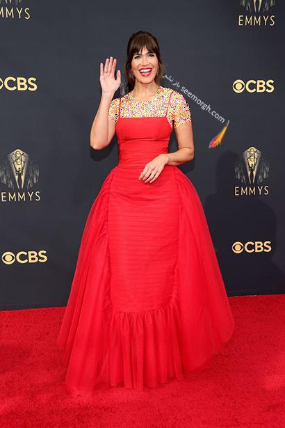 مدل لباس در جایزه امی  2021 Emmy - مندی مور Mandy Moore