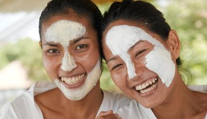 ماسک ضد جوش خانگی که پوست تان را مثل آینه صاف می کند