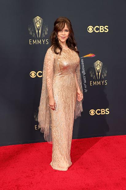 مدل لباس در جایزه امی  2021 Emmy - رزی پرز Rosie Perez