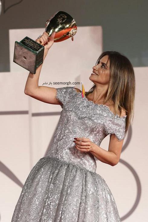 پنه لوپه کروز بهترین بازیگر زن جشنواره ونیز 2021