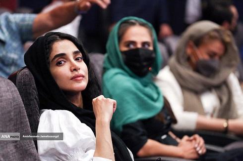 الهه حصاری و رعنا آزادی ور در اکران سریال زخم کاری