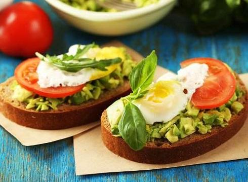 7. با خوردن تخم مرغ زندگیتان را حفظ می کنید