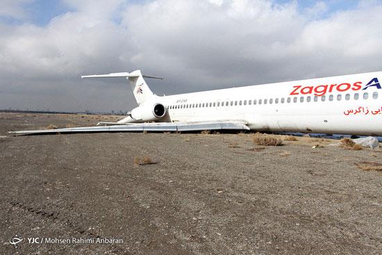 عکس: هواپیمای سانحه دیده فرودگاه مشهد
