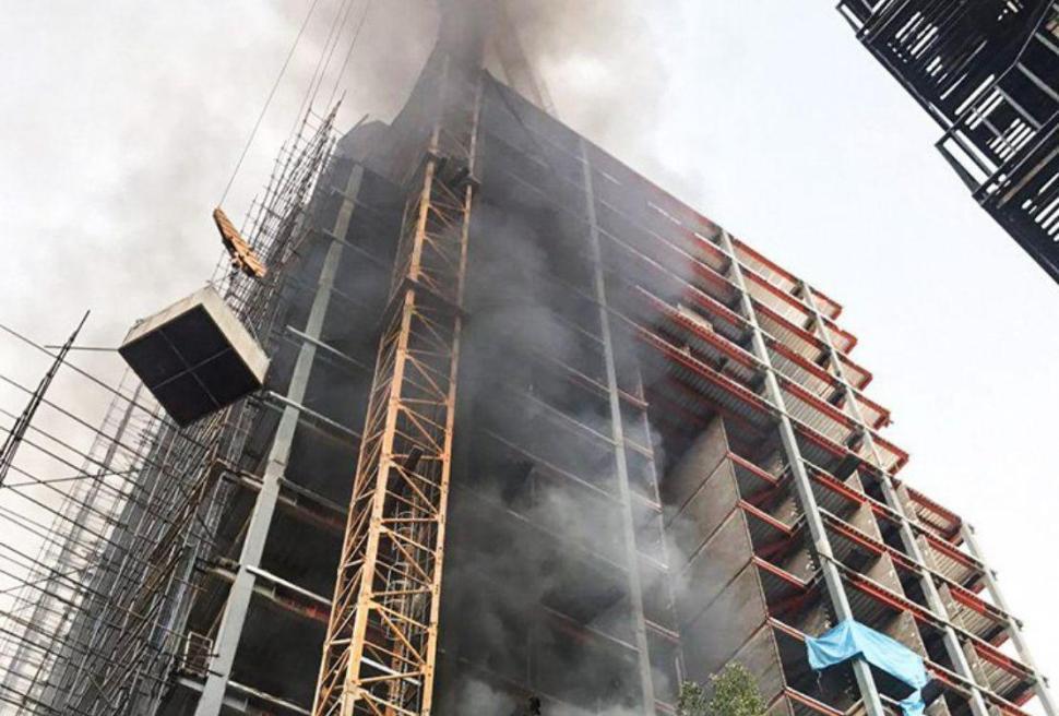 آتش سوزی برج