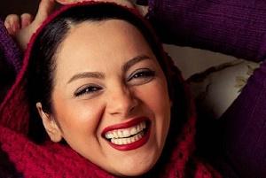 کشف حجاب یک بازیگر زن دیگر !!! چکامه چمن ماه + تصاویر