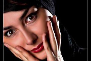 2 عکس از هانیه توسلی بدون آرایش
