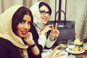 عکس های لیلا بلوکات و خواهرش میترا در مشهد مقدس!