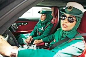 عکس های جالب از ظاهر زنان پلیس دوبی و رانندگی با اتومبیل های روز دنیا