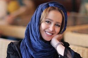 الناز حبیبی بدون آرایش در اتومبیل ! عکس