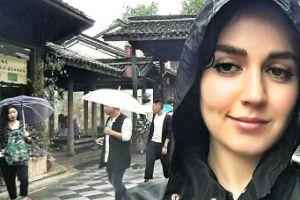 عکس افسانه پاکرو در کنار دوست نقاش چینی اش!