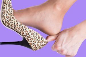 علت ورم کردن پاها چیست