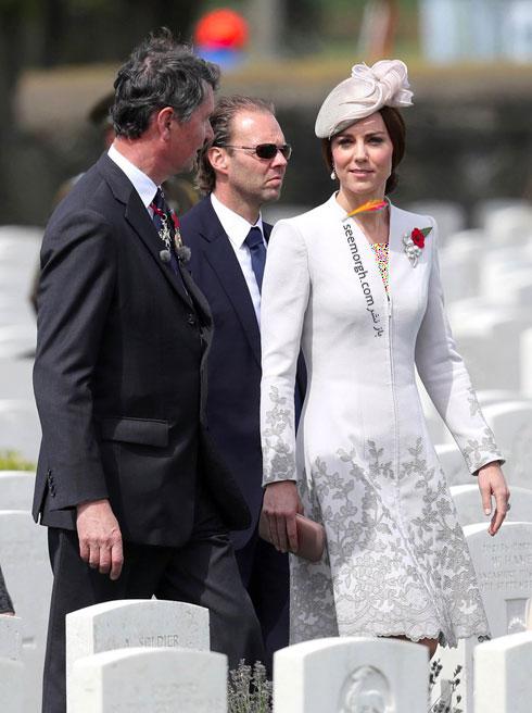 مدل لباسی که کیت میدلتون در بازدید از گورستان پوشیده بود
