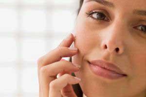 جوش زیر پوستی با روغن های طبیعی درمان کنید!