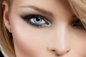 برای یک آرایش شیک و حرفه ای چگونه ریمل بزنیم؟