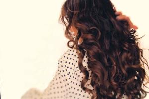 فر کردن مو در خانه با چند حرکت ساده!!!