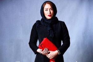 طراح لباس مانتو های سارا منجزی چه کسی است؟