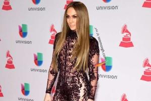 بهترین مدل لباس در جوایز لاتین گرمی 2016