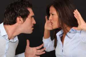 رفتارهای زنانه ای که برای مردان غیر قابل تحمل است!!