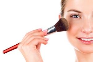 توصیه های آرایشی برای کسانی که پوست حساس دارند