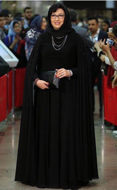 مدل مانتو معصومه کریمی در جشن حافظ 96مدل مانتو معصومه کریمی در جشن حافظ 96
