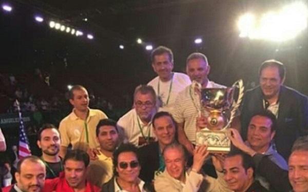خواننده لس آنجلسی در کنار تیم ملی کشتی آزاد ایران