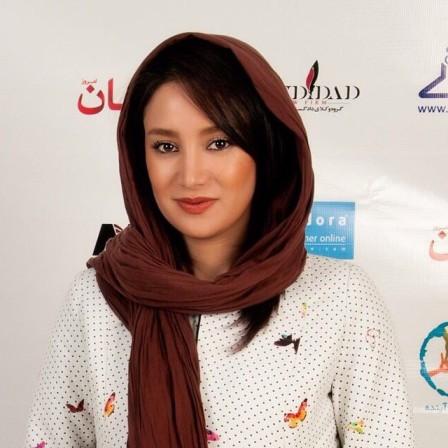سوژه شدن طراحی های لباس خانم بازیگر ایرانی!