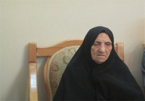 مادر شهید محمود صارمی