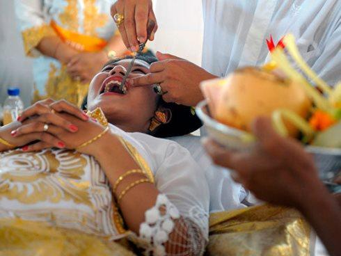 پر کردن دندان هندوها