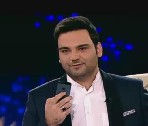 تماس تلفنی احسان علیخانی با دکتر ظریف در ماه عسل