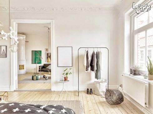 برای گوشه اتاق خواب تان از یک رخت آویز استفاده کنید