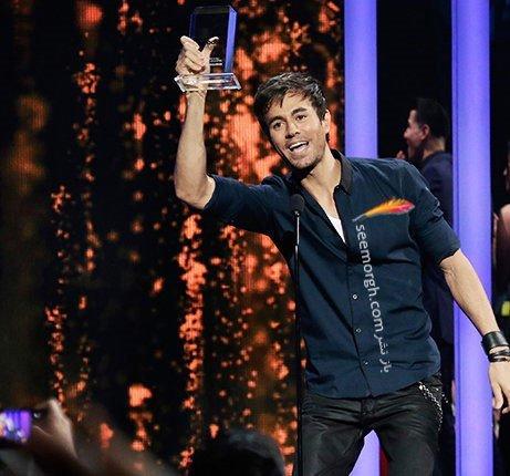 انریکه ایگلیسیاس در مراسم جوایز موزیک بیلبورد 2015