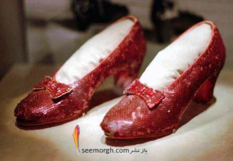 کفش های خانم بازیگر را پیدا کنید و ۱ میلیون دلار جایزه بگیرید!