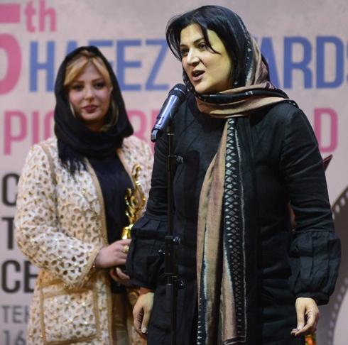 پوشش ریما رامین فر در جشن حافظ