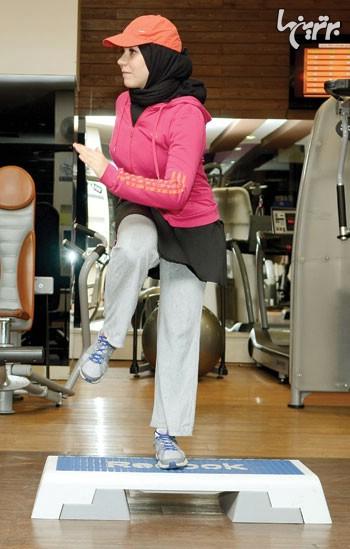 شكم مورب با استپ برای عضلات پشت، مورب شكمی و ران 2