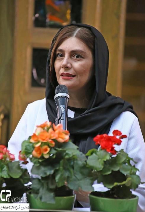 عکس هنگامه قاضیانی در رونمایی از آلبوم علی زندوکیلی