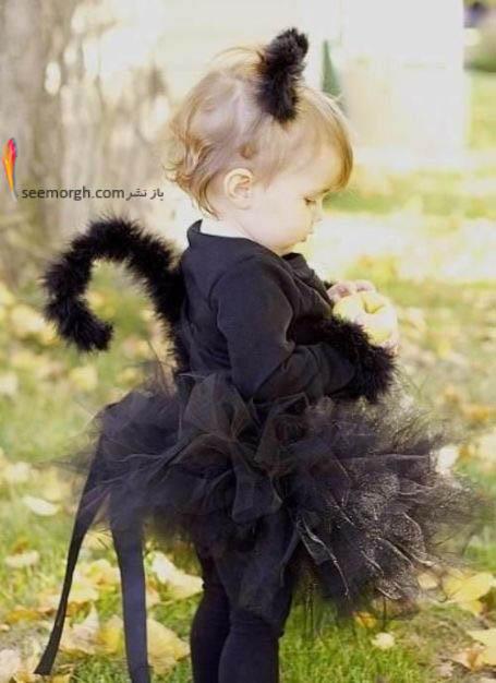 دختر بامزه با لباس گربه ای