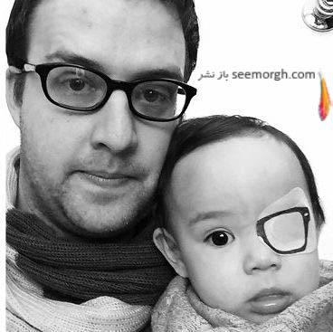 پدر هنرمند در کنار دخترش