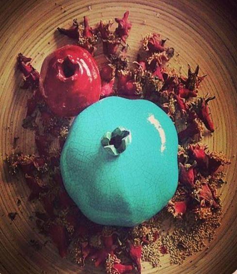 انارهای رنگی برای تزیین سفره شب یلدا