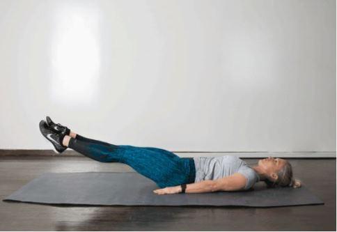حرکت Straight Leg Raise برای کوچک کردن شکم