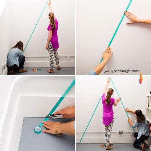 مرحله دوم درست کردن کاغذ دیواری با نوارهای رنگی