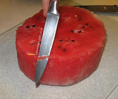 مرحله سوم درست کردن کیک هندوانه ای برای شب یلدا