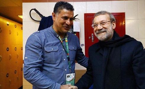عکس علی دایی در کنار لاریجانی